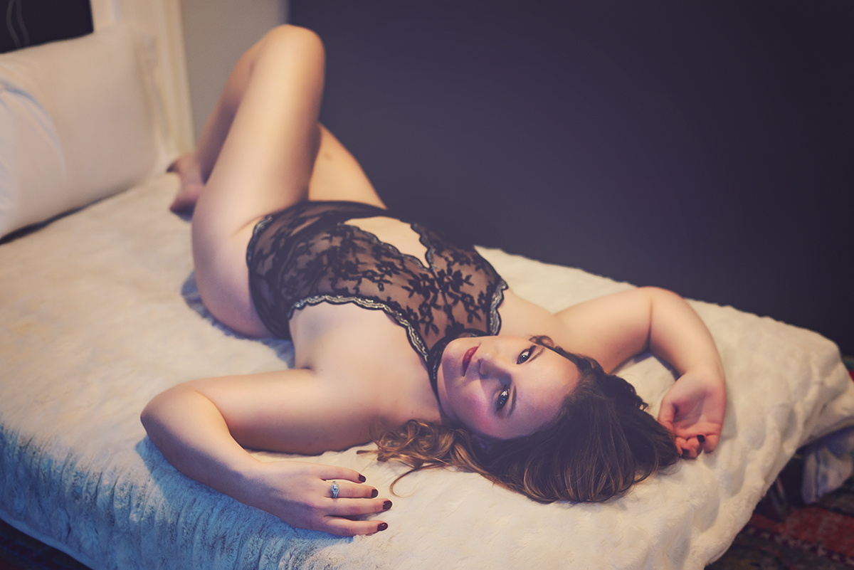 boudoir-by-julie-g-photography-em2